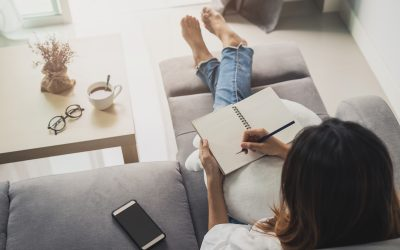 How to Write a Book: 12 Tips For Aspiring Authors